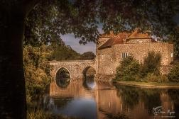 Bridge that leads you into the entrance of Leeds Castle