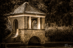 Bridge at Russell Gardens