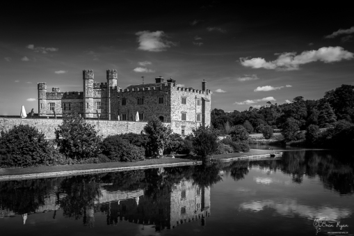 A monochrome photograph of Leeds Castle in Maidstone Kent.