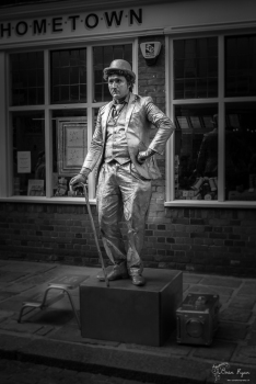 A live statue at the Sweeps Festival in Rochester