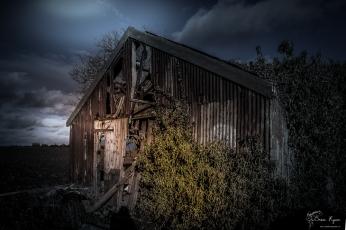 An abandoned barn at Cliffe, Rochester, Kent.